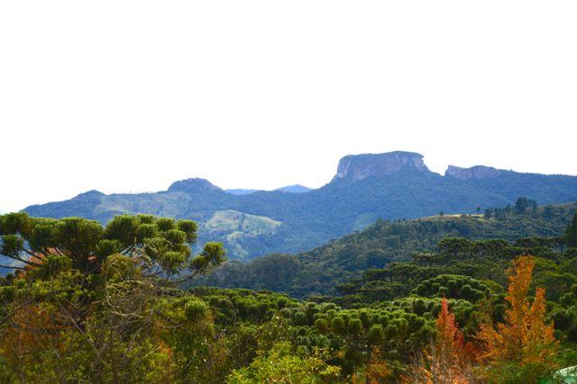 A Pedra do Baú na Serra da Mantiqueira.