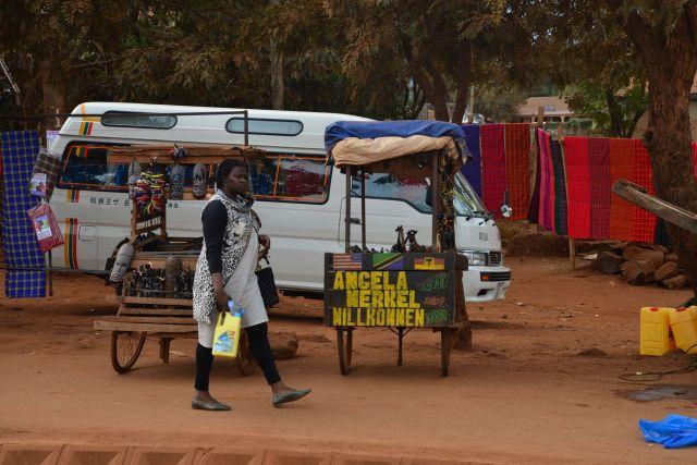 Cena de rua na Tanzânia.