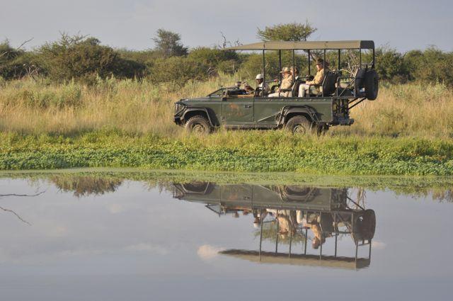 As Land Rover usadas nos safaris em Botswana.