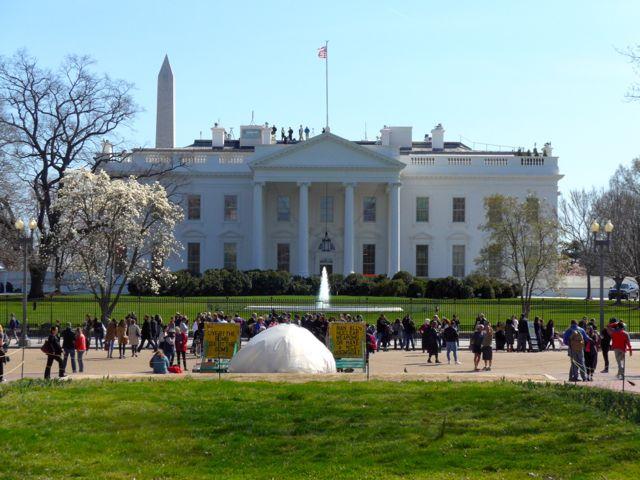 A Casa Branca sempre atrai multidões.