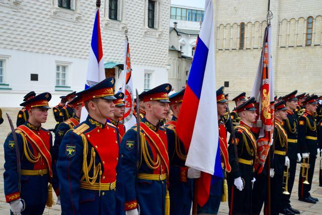 Desfile militar no interior do Kremlin