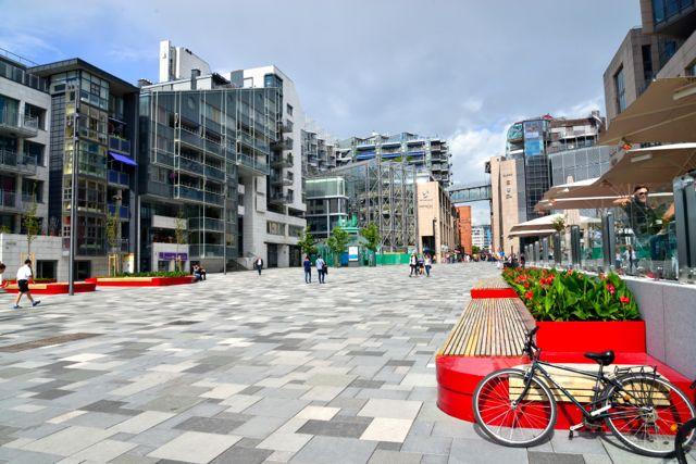 Áreas comerciais e residenciais perfeitamente integradas.