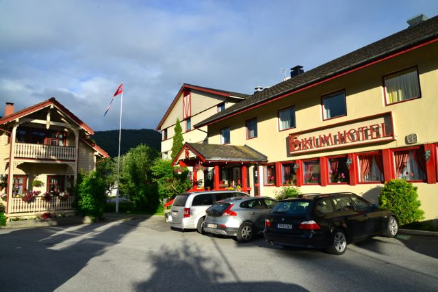 O Hotel Eikum no Lago Hafslo
