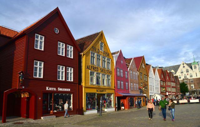 O bairro medieval Bryggen, no caís do porto.