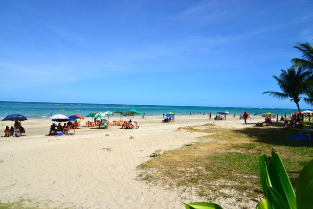 A excelente Praia de Tamandaré em frente ao nosso hotel.