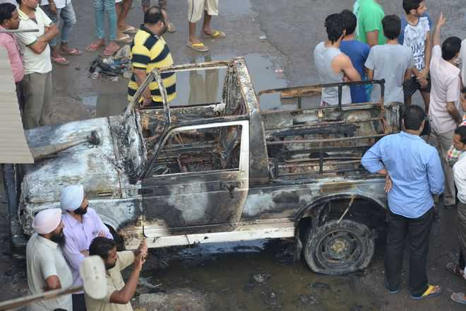 protestors burnt police vehicle in Kotkapura incident