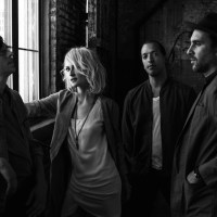 METRIC - THE SHADE (Indie/Pop - Canada)