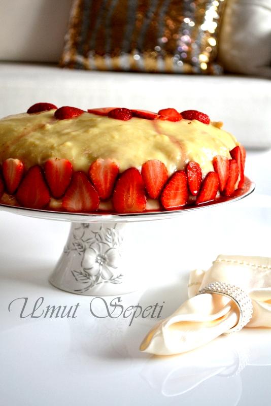 Çilekli Nefis Pasta :)