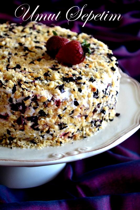 cevizli yaş pasta,kolay yaş pasta,yaş pasta tarifleri