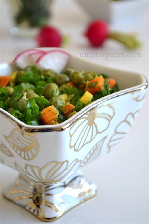 Taze  Bezelye  Salatası