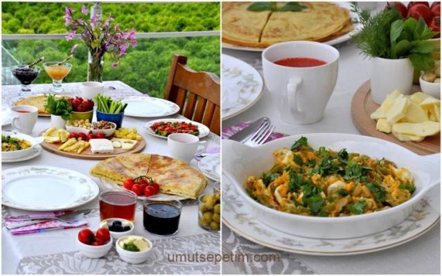 Kahvaltı  Sofram Krep  Ve  Yumurtalı  Fasulye  Kavurması