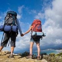 Namore com um cara que viaja.