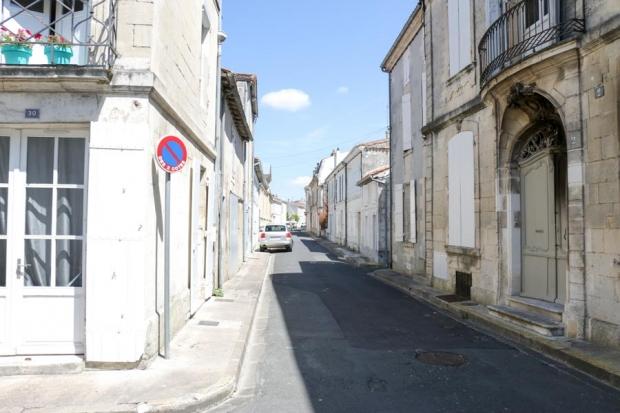 south-west-france-10-saintes-6