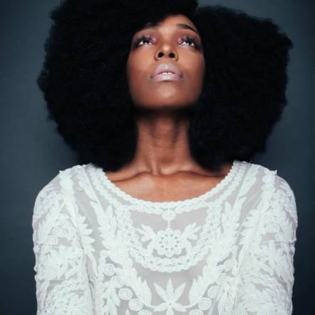 Black_Hair_Medium_Length_Afro_Side_Part_Natural