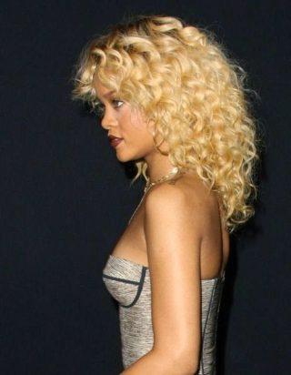 Black_Hair_Un-Ruly_Rihanna_Blonde_Hair_Curls_Medium