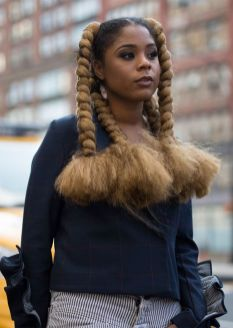 summer_hairstyles_blackwomen_blond-jumbo-twists