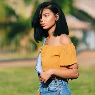 summer_hairstyles_blackwomen_straight-long_bob