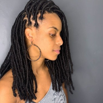 brooklyn-hairbraider-yeyebynature-faux-locs