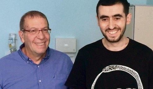 Человеку впервые установили «бионическое сердце», которое имеет беспроводную зарядку. 3