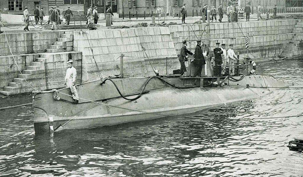 История создания подводной лодки 8