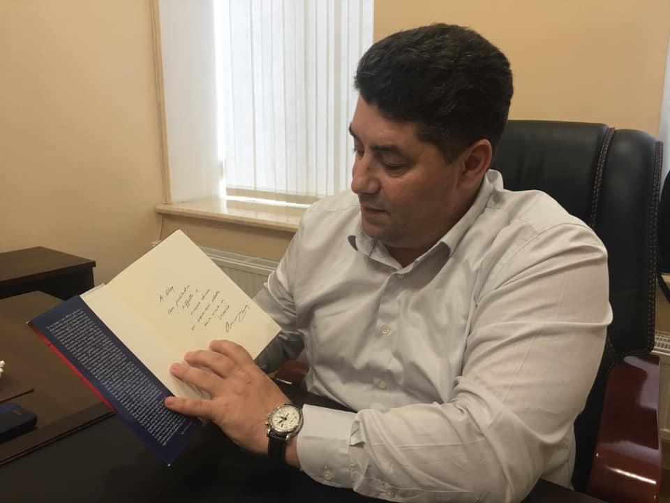 Итальянский  профессор Антонио Никасо стал почётным академиком УАН 11