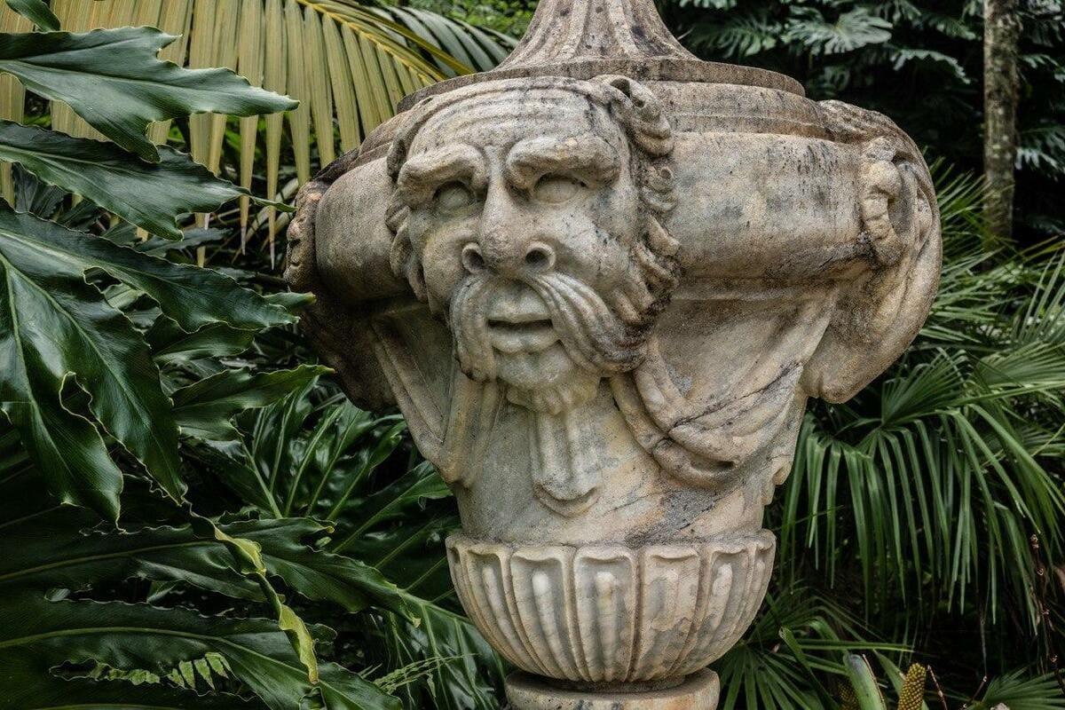 """Исторические """"камуфлякры"""": почему Бодрийяр - верный друг исследователя? 1"""