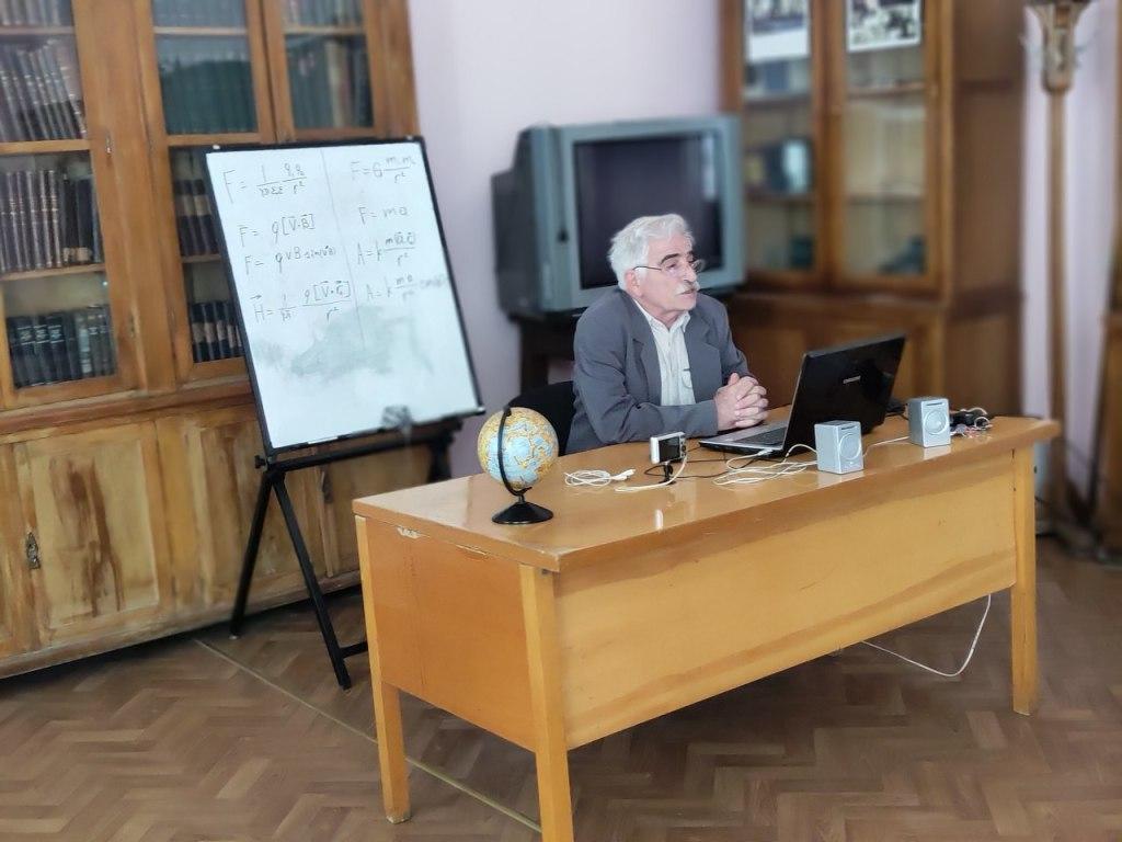 Осман Шаруханов: «Реальную физику уничтожили. Оставили удобную» 10