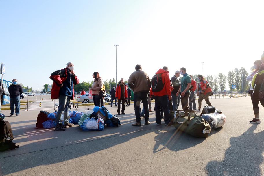 Полярники 24-й Украинской антарктической экспедиции вернулись на родину 3