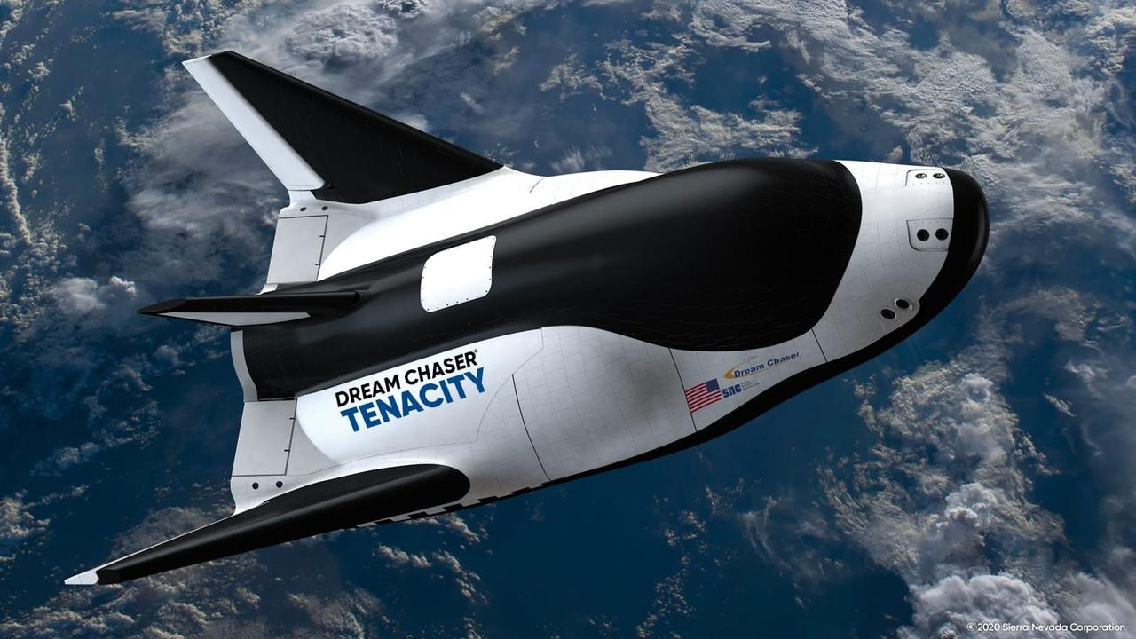 Первый космический самолет Dream Chaser 1