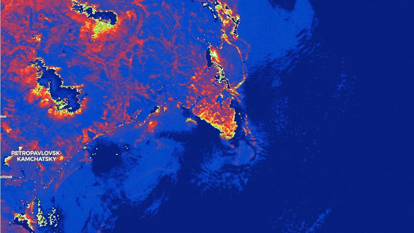 Опубликованы космические фотоснимки пострадавших от загрязнения прибрежных районов Камчатки 2