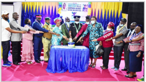 Vice-Chancellor, Prof. Kolawole Salako (7th Left); Commissioner of Police, Ogun State, CP Edward Ajogun (7th Right); and eminent personalities cutting the cake to mark the launching.
