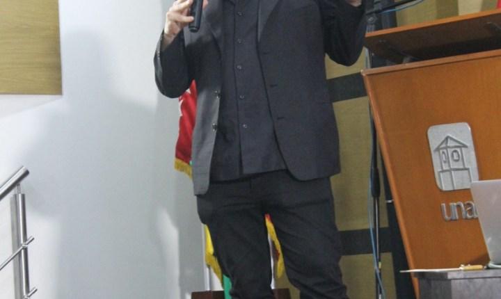 Conferencia: Daniel Mordzinski