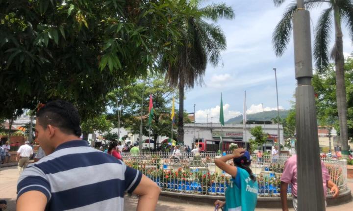 En Floridablanca apoyan a los vendedores ambulantes