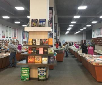 Libros y su conocimiento al alcance de los Bumangueses