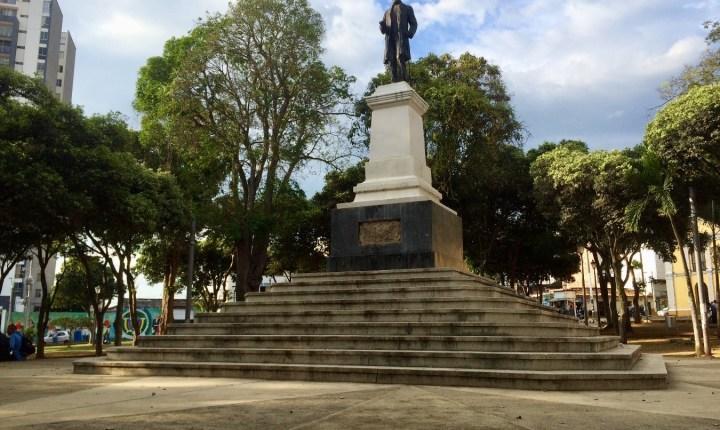 Parque Centenario en transición para dejar el abandono y el expendio de droga
