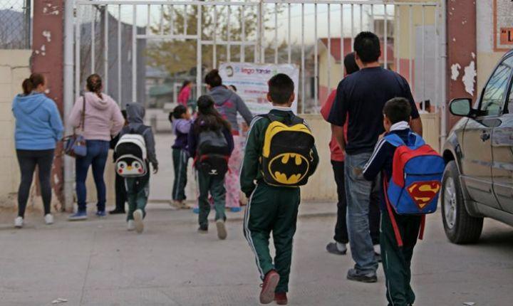 Colegios de Colombia en espera.