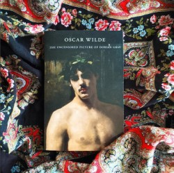 THE UNCENSORED PICTURE OF DORIAN GRAY by Oscar Wilde