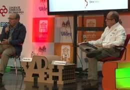 """Encuentro con autor """"Historia oficial del amor"""" Ricardo Silva"""