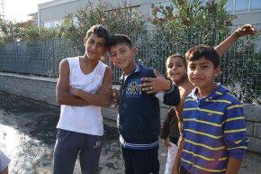 Scuolabus al campo rom della Bigattiera: presentato un importante appello che diffondiamo volentieri
