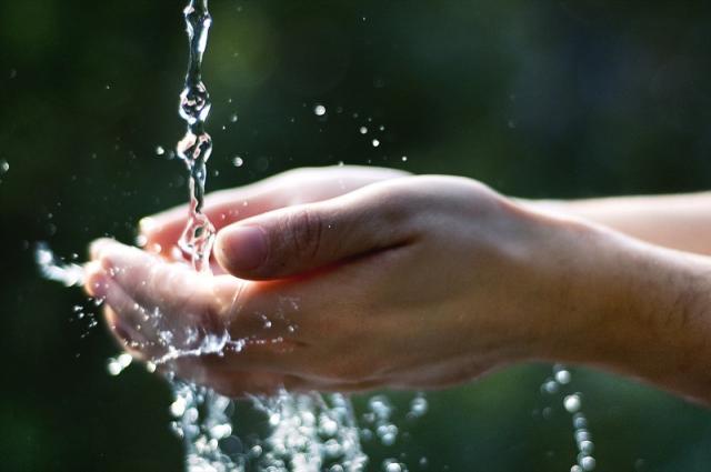 """Primi atti in Consiglio comunale di """"una città in comune"""": presentata mozione sull'acqua pubblica"""