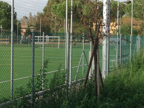 Mozione urgente: chiusura campi sportivi della fontina