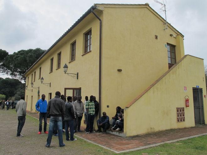 Interpellanza: Riapertura struttura Piaggerta per l'accoglienza dei profughi