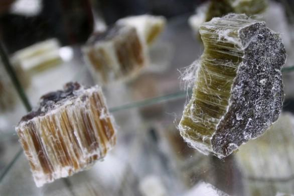 Interpellanza: presenza di compositi a base di amianto nella rete idrica