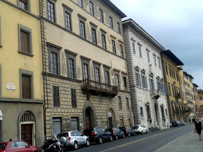 """A Pisa 36 gli edifici vuoti e abbandonati da anni: un articolo su """"il tirreno"""""""