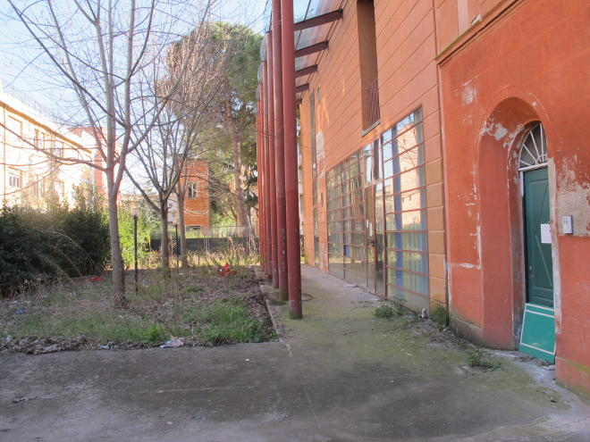 Ristrutturazione del Centro di Via Garibaldi: mancano i soldi per i lavori e il personale per il progetto