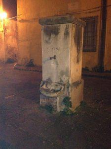 Fontana pubblica di Pisa chiusa - Tribunale di Pisa