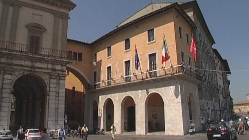 Interrogazione: Assunzione da parte del Comune di Pisa di Mariano Tramontana