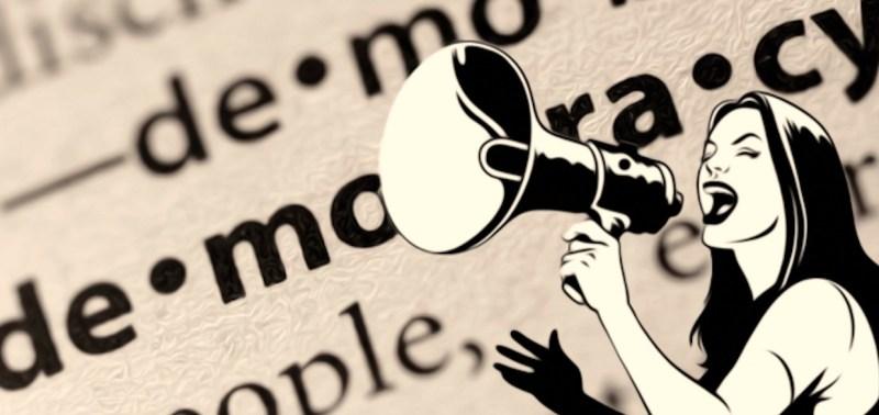 La destra annulla il consiglio comunale e sperpera denaro pubblico per giornalini di propaganda
