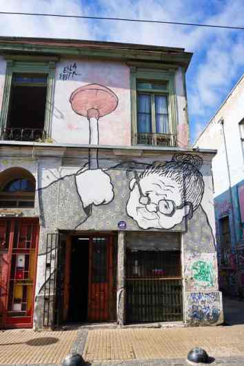 Mural de la abuela Valparaíso