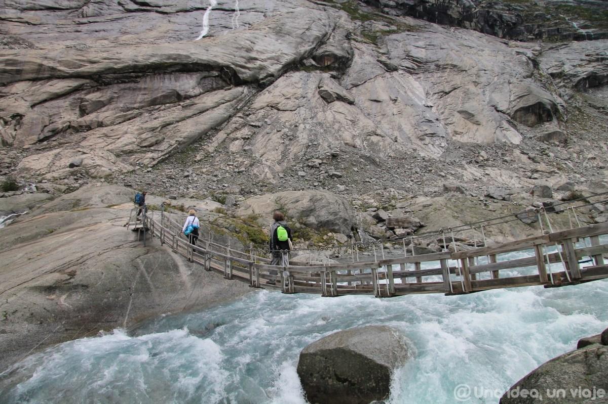 noruega-que-como-cuando-visitar-trekking-glaciar-jostedal-unaideaunviaje-13
